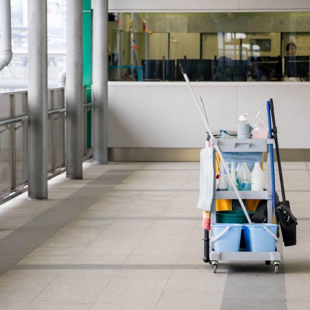 minusval empresa servicio de limpieza